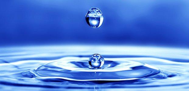В котрій годині дня правильно пити воду